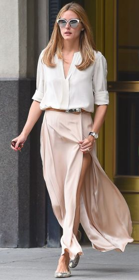 EXCLUSIVE: Olivia Palermo seen wearing a light pink long skirt in Brooklyn,New York Pictured: Olivia Palermo Ref: SPL1084248 210715 EXCLUSIVE Picture by: Splash News Splash News and Pictures Los Angeles: 310-821-2666 New York: 212-619-2666 London: 870-934-2666 photodesk@splashnews.com