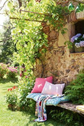 cushions (13)