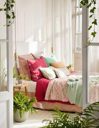 cushions (28)